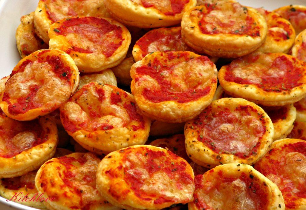 Ricette italiane le pizzette ai peperoni for Le ricette italiane
